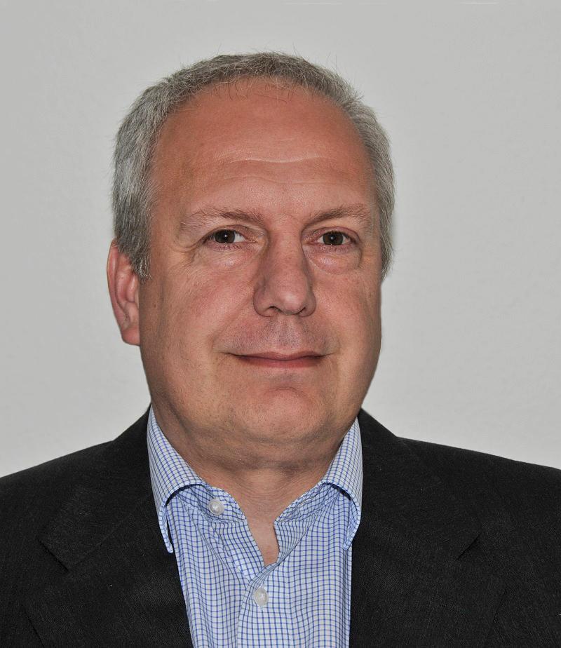 Dr. Henning Stilke